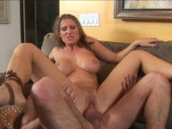 Vidéo porno mobile : He fucks a wonderful milf and his friend watches them